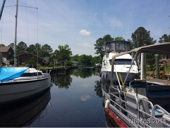 204 Channel Run Drive, New Bern, NC, 28562 -- Homes For Sale