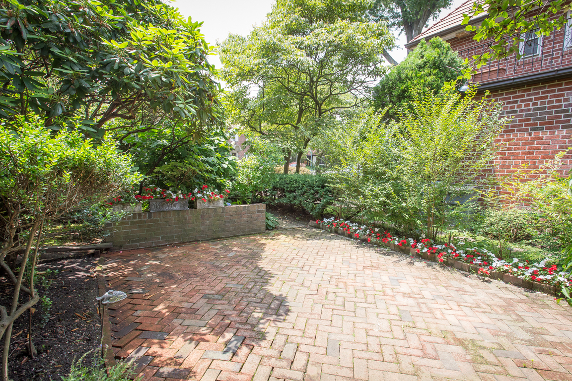 77 Puritan Avenue Forest Hills Gardens Forest Hills Ny
