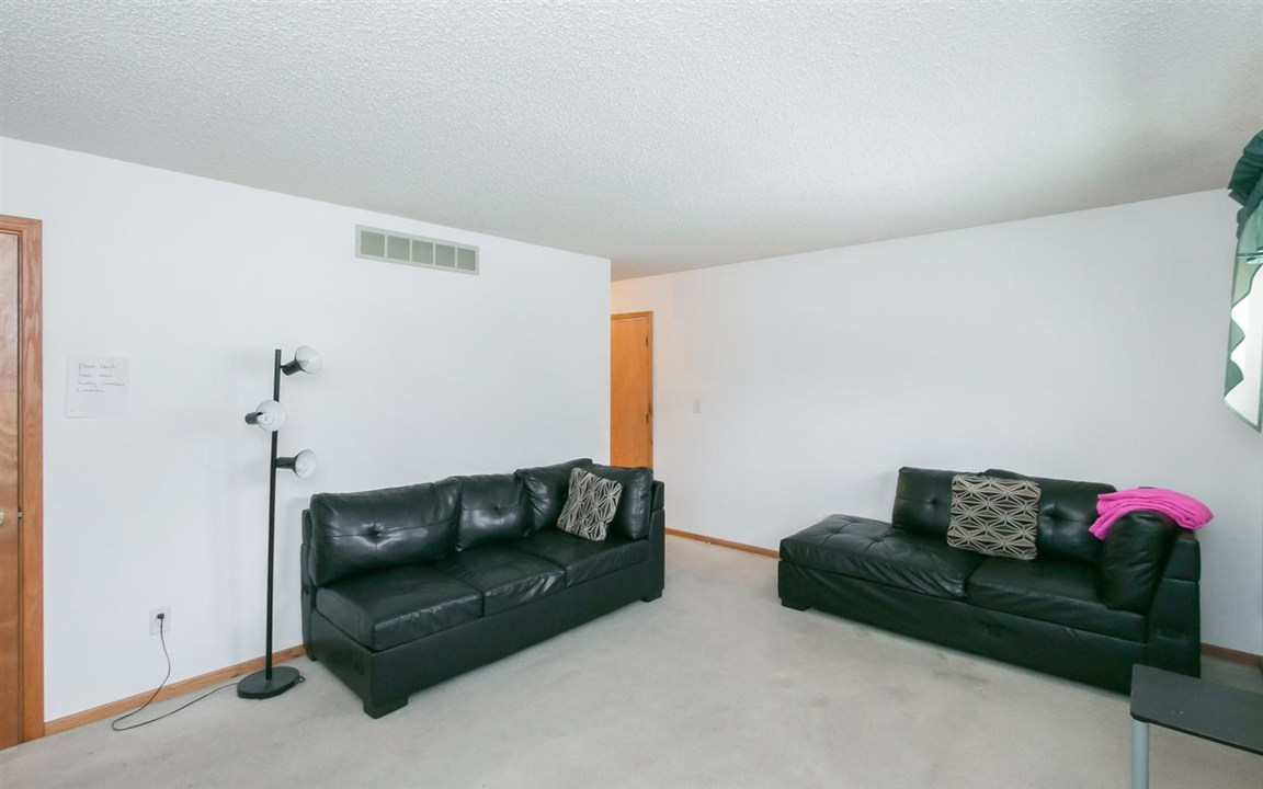 Rooms For Rent Pella Ia