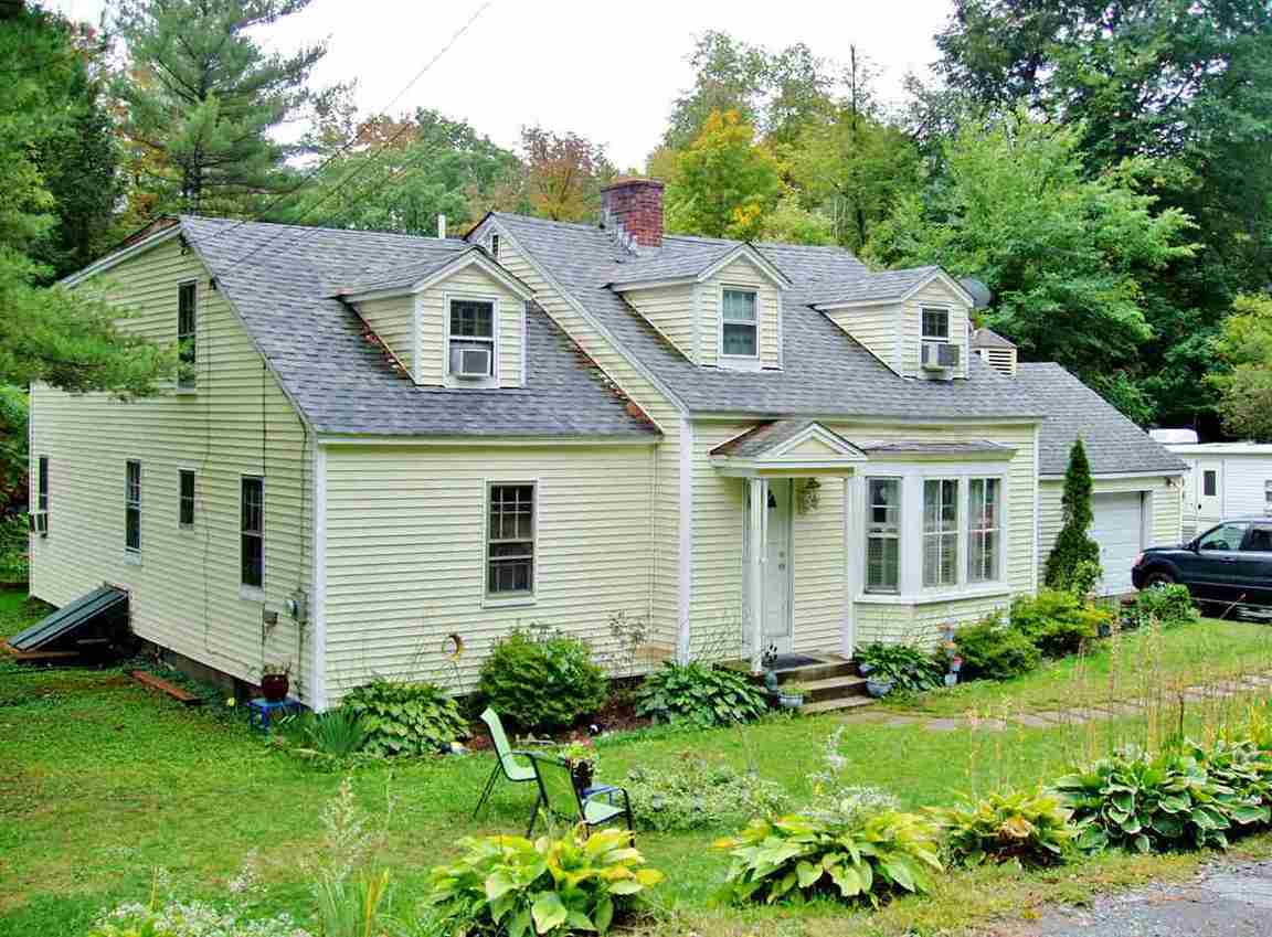 14 Goldfinch Lane Brattleboro Vt For Sale 165 000
