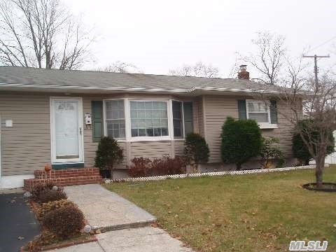 51 Grenville Ave, Patchogue, NY, 11772 -- Homes For Sale