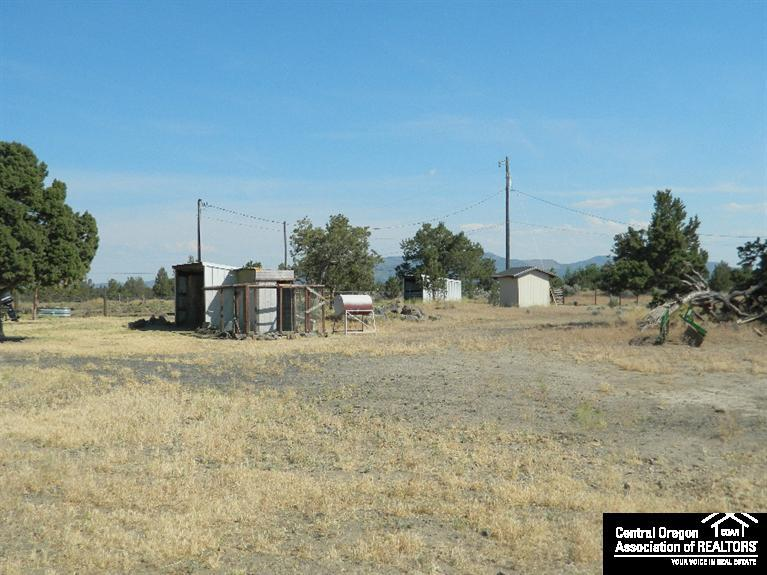 1313 Southwest Bent Loop, Powell Butte, OR, 97753: Photo 7