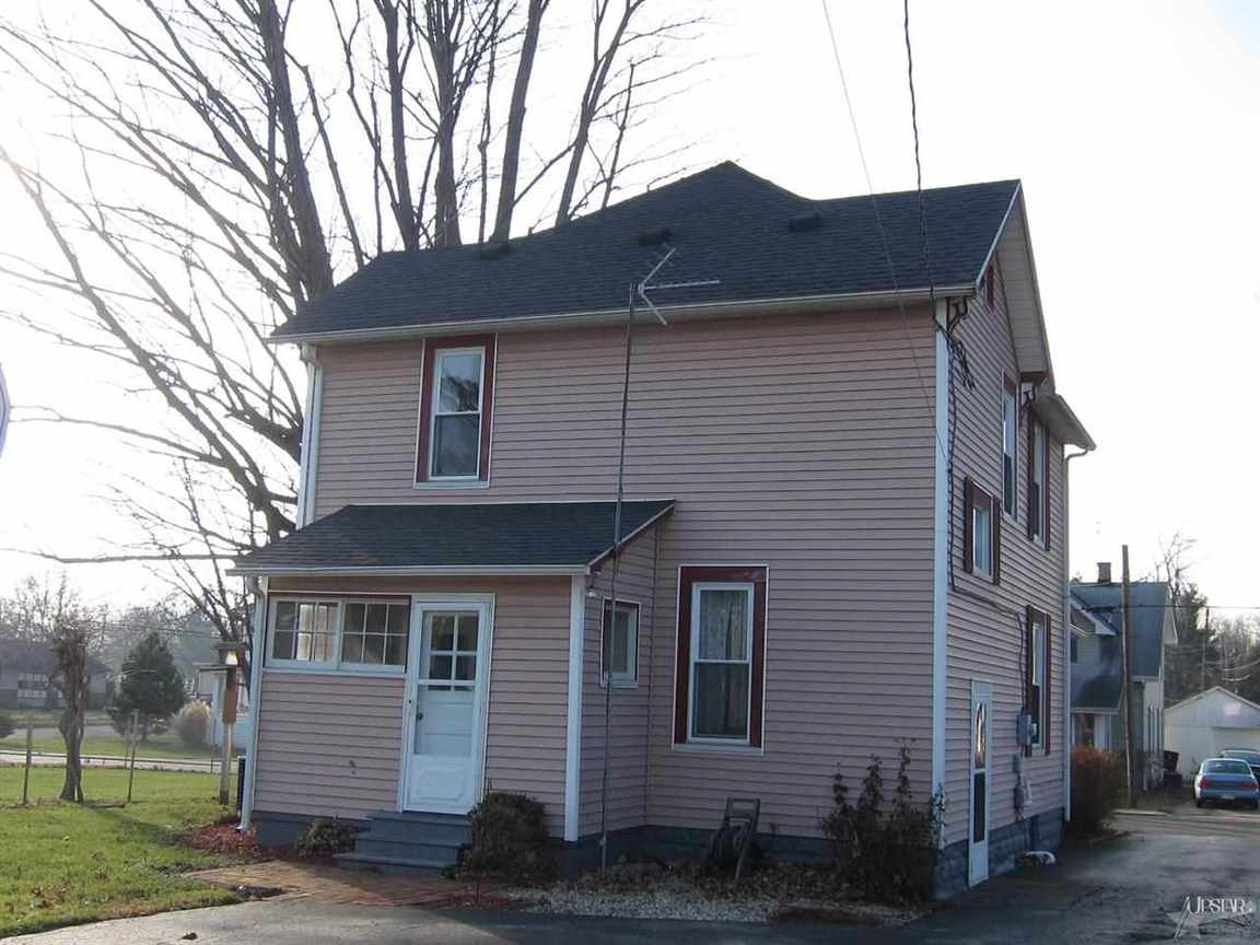 1821 N College, Huntington, IN, 46750 -- Homes For Sale