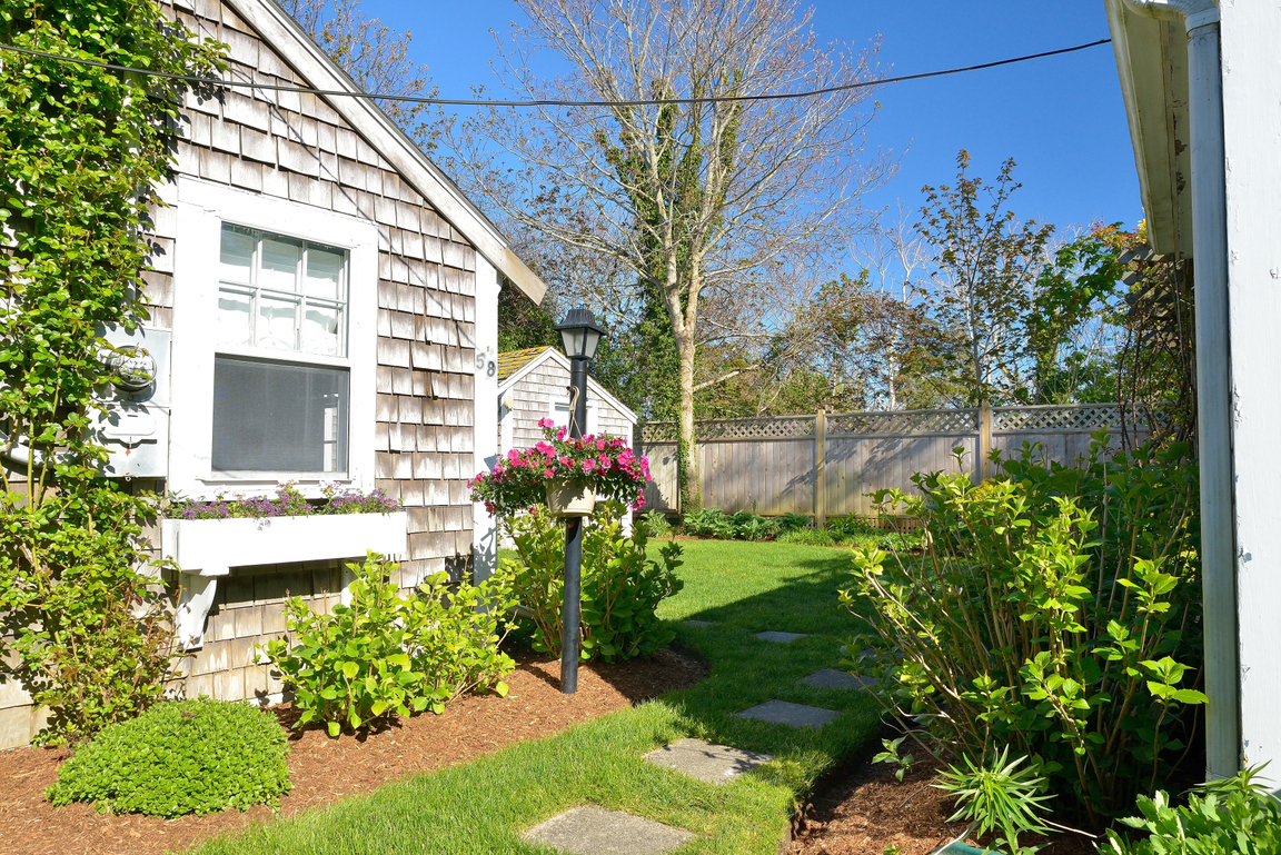 58 pleasant street nantucket ma 02554 for sale for Houses for sale on nantucket