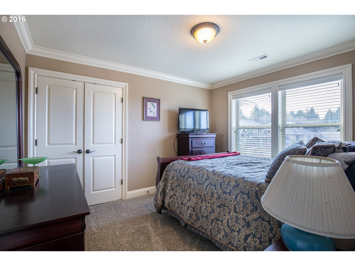 15150 Se Bunker Hill Ct, Happy Valley, OR, 97086: Photo 15