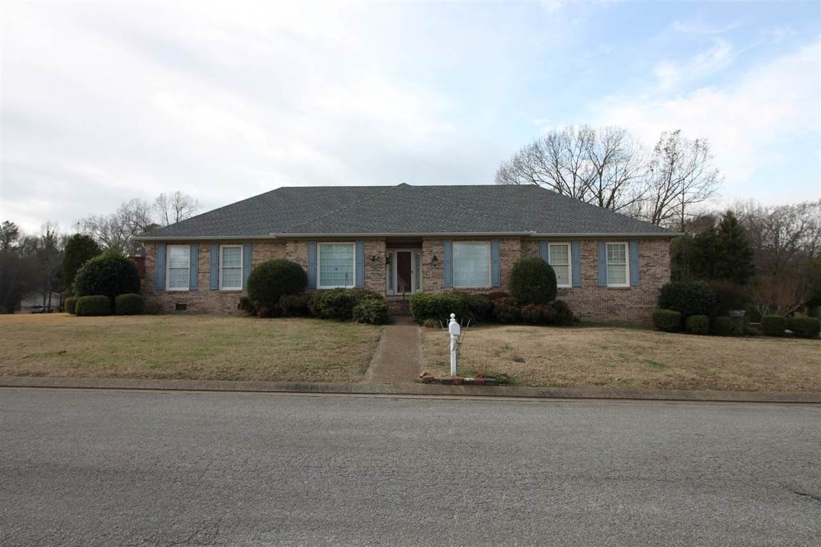 Jackson TN Homes for Sale amp Real Estate Homes com. 3 Bedroom Houses For Rent In Jackson Tn