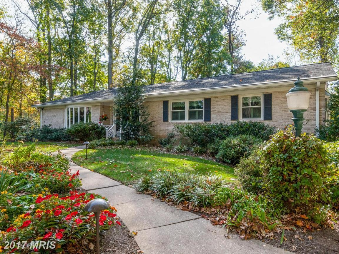 725 chapel ridge rd lutherville timonium md for sale 620 000