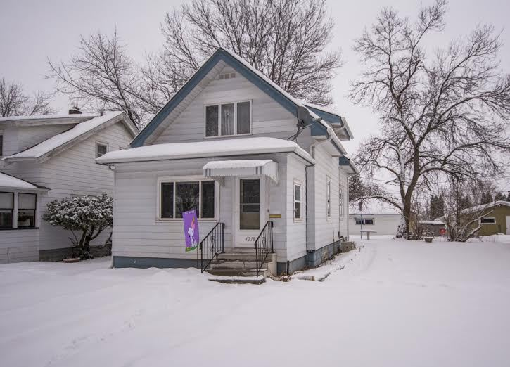 4218 w 8th st duluth mn 55807 for sale