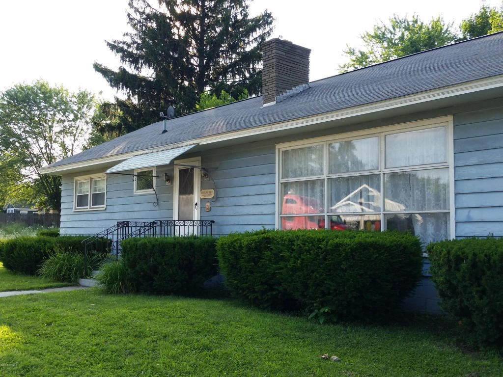33 main street queensbury ny 12804 for sale