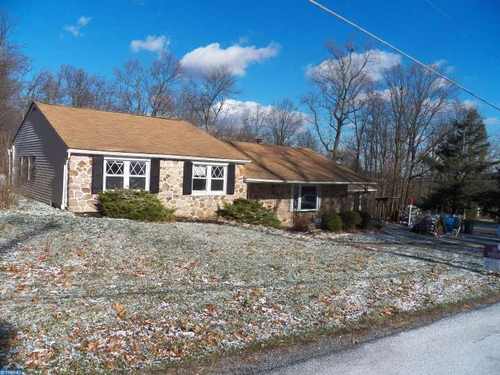 96 smith rd elverson pa 19520 for sale