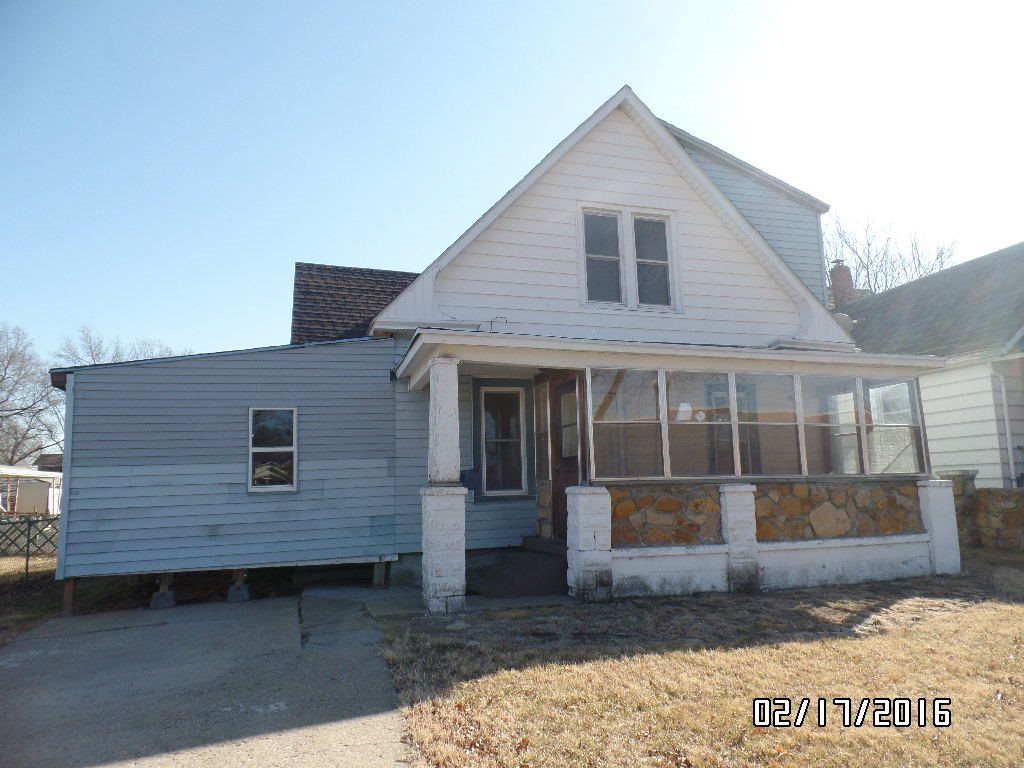 1218 Lane St Sw Topeka Ks 66604 For Sale
