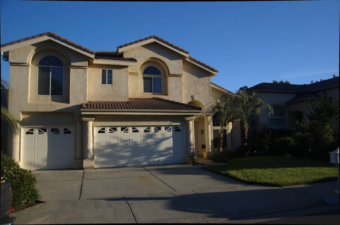 search 2 condos listed for sale in clovis ca