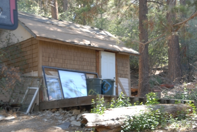 42618 Cougar, Big Bear Lake, CA, 92315 -- Homes For Sale