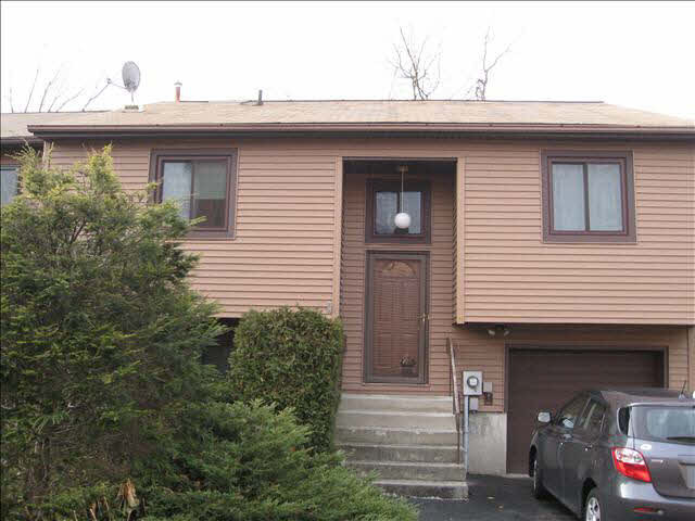 1 Walnut Ct 1, Fishkill, NY, 12524 -- Homes For Rent