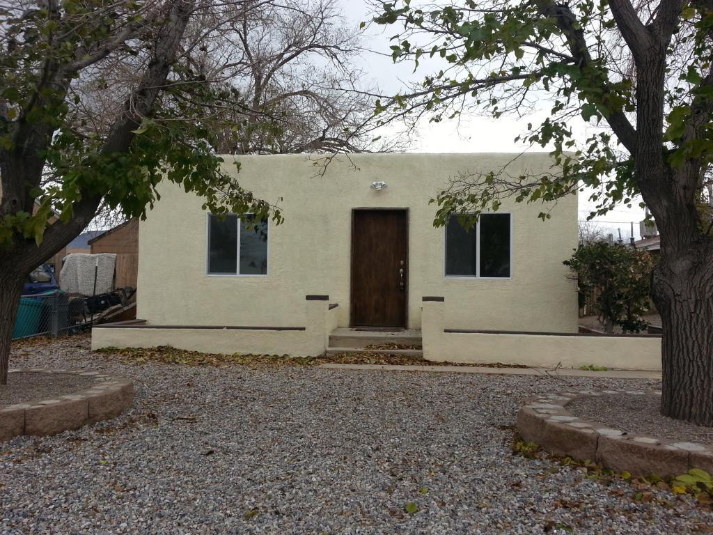 410 Utah Street Ne, Albuquerque, NM, 87108 -- Homes For Sale