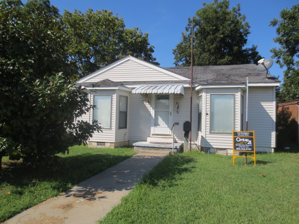 704 west moultrie blytheville ar 72315 for sale