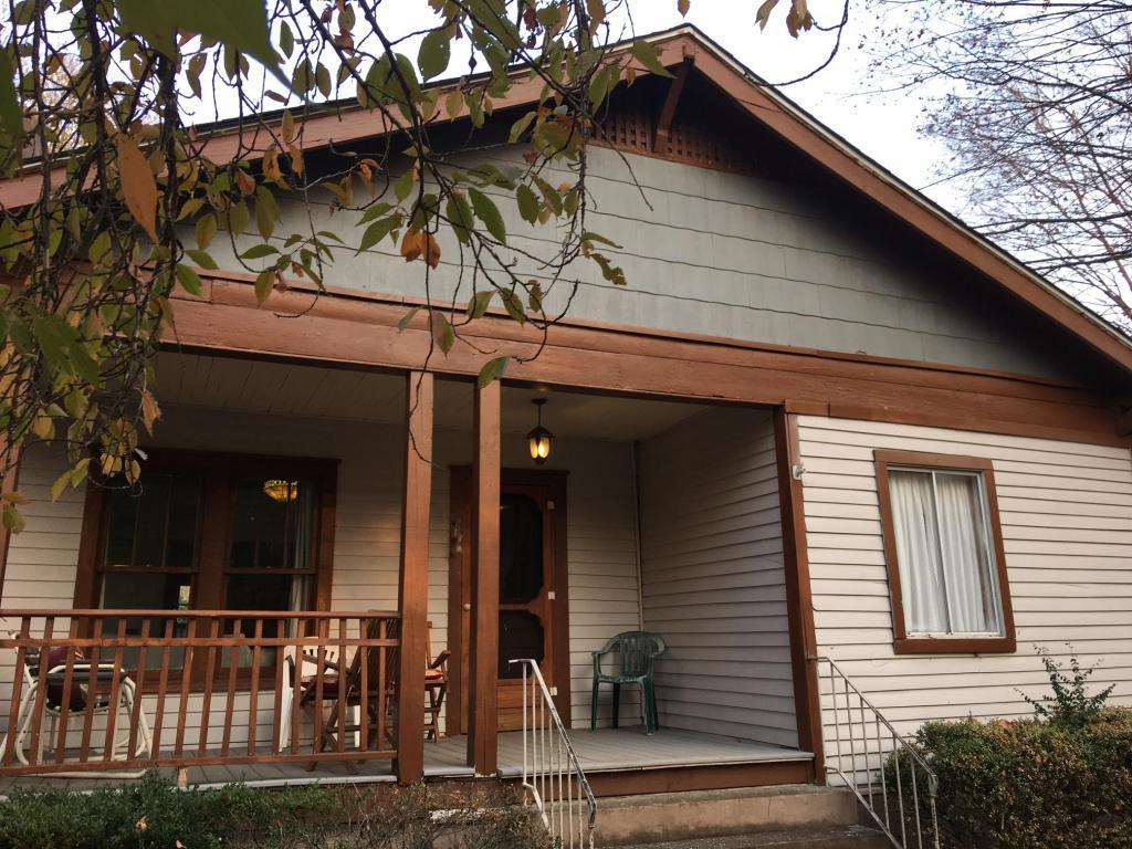 3218 sevier ave knoxville tn for sale 163 000 for Home builders in knoxville tennessee