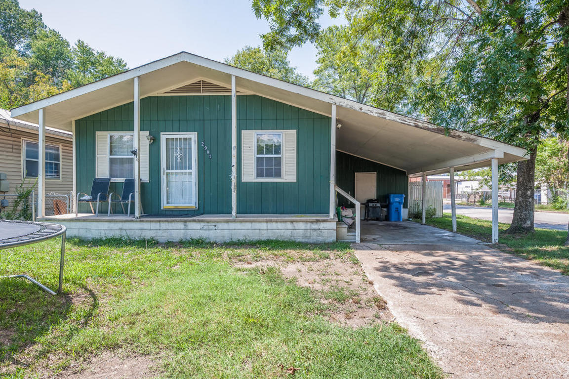 2901 3rd ave chattanooga tn for sale 65 000 for Home builders chattanooga tn