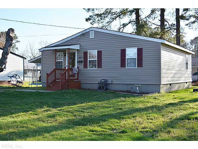 7905 roanoke ave newport news va for sale 105 000 for Home builder in roanoke va