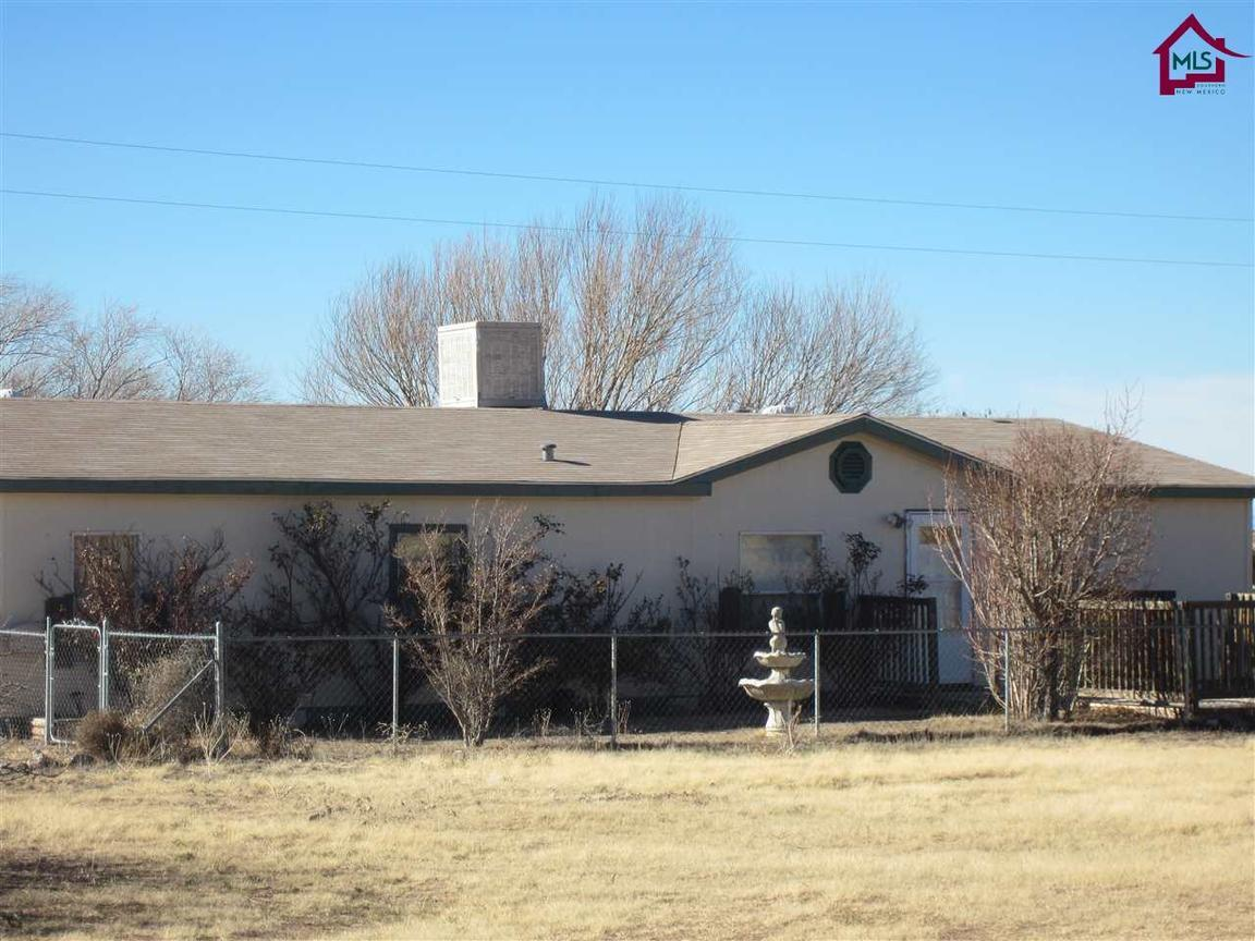 4809 chinook place las cruces nm for sale 92 000 for Home builders in las cruces