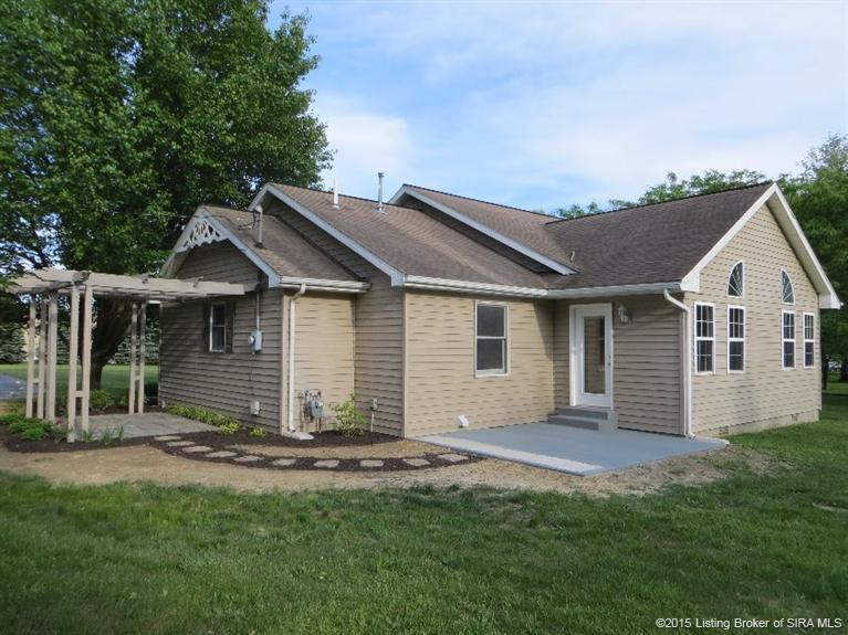 832 South Elm St, Scottsburg, IN, 47170 -- Homes For Sale
