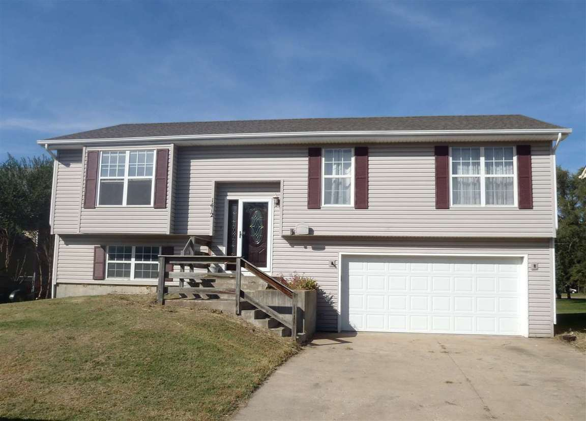 1412 72nd pl sw topeka ks 66619 for sale for Home builders topeka ks