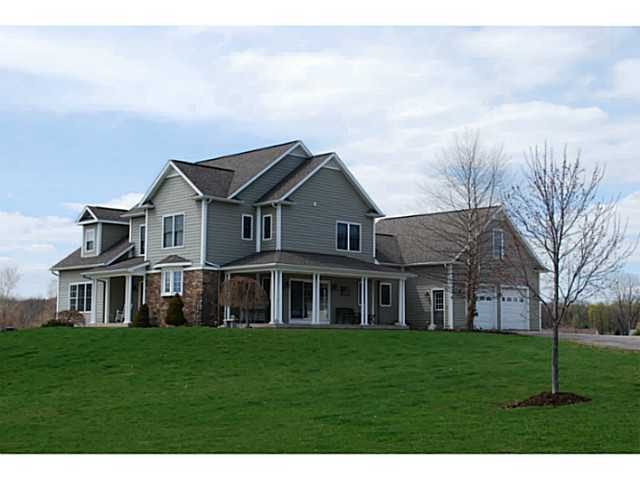 370 County Road 8, Farmington, NY, 14425 -- Homes For Sale