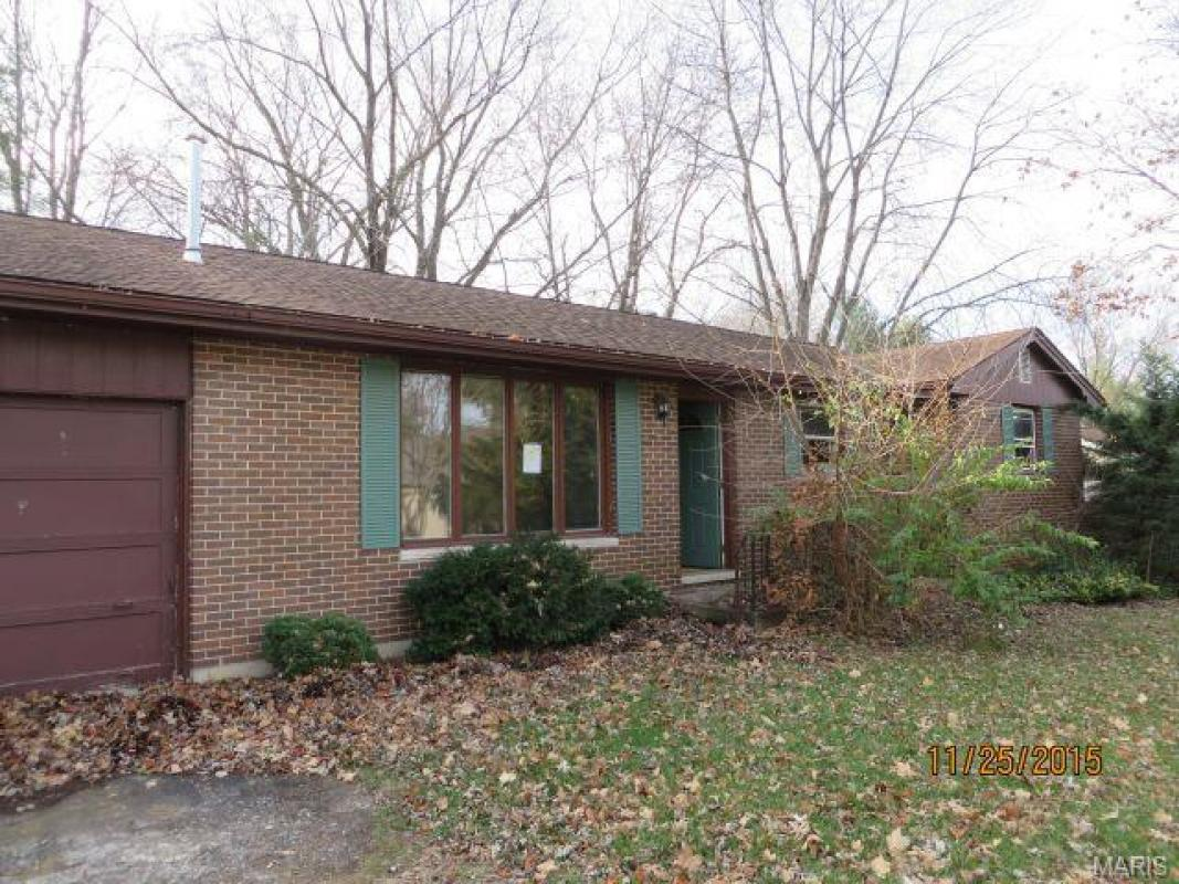1908 golden grove quincy il 62305 for sale
