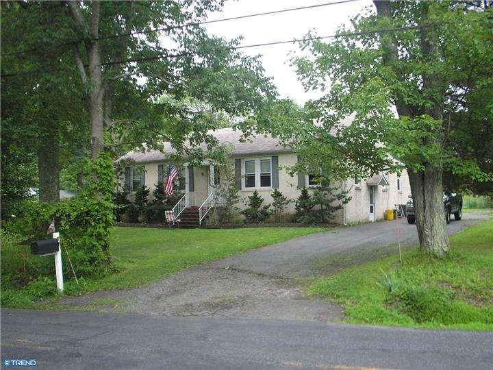 17 Featherbed Ln, Hopewell, NJ, 08525 -- Homes For Sale