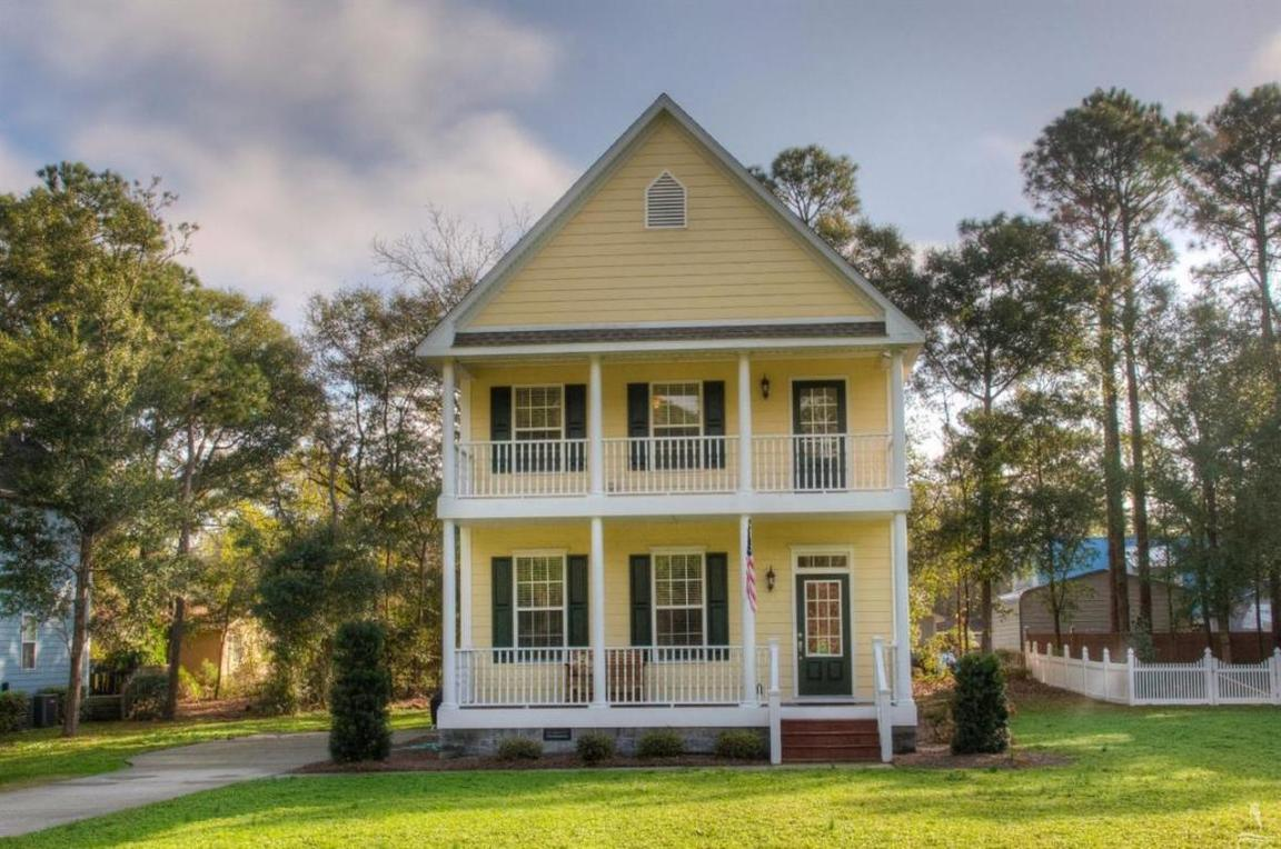 106 highland park southport nc 28461 for sale