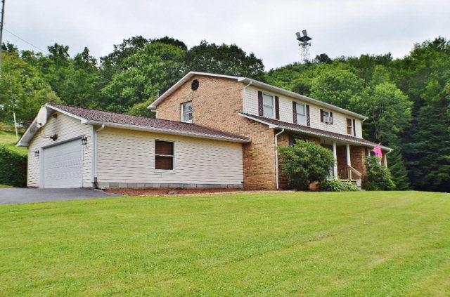 4072 Flat Top Road Ghent Wv For Sale 209 500