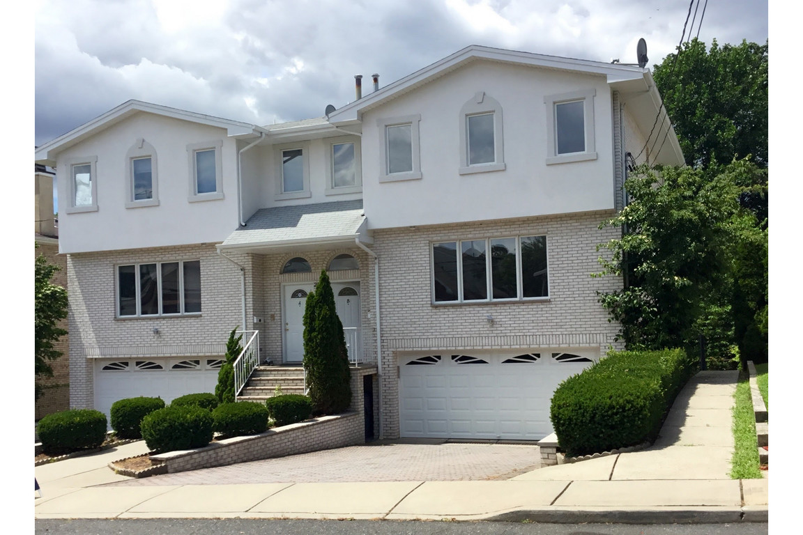 2461 Rossett Street Fort Lee Nj For Sale 1 590 000