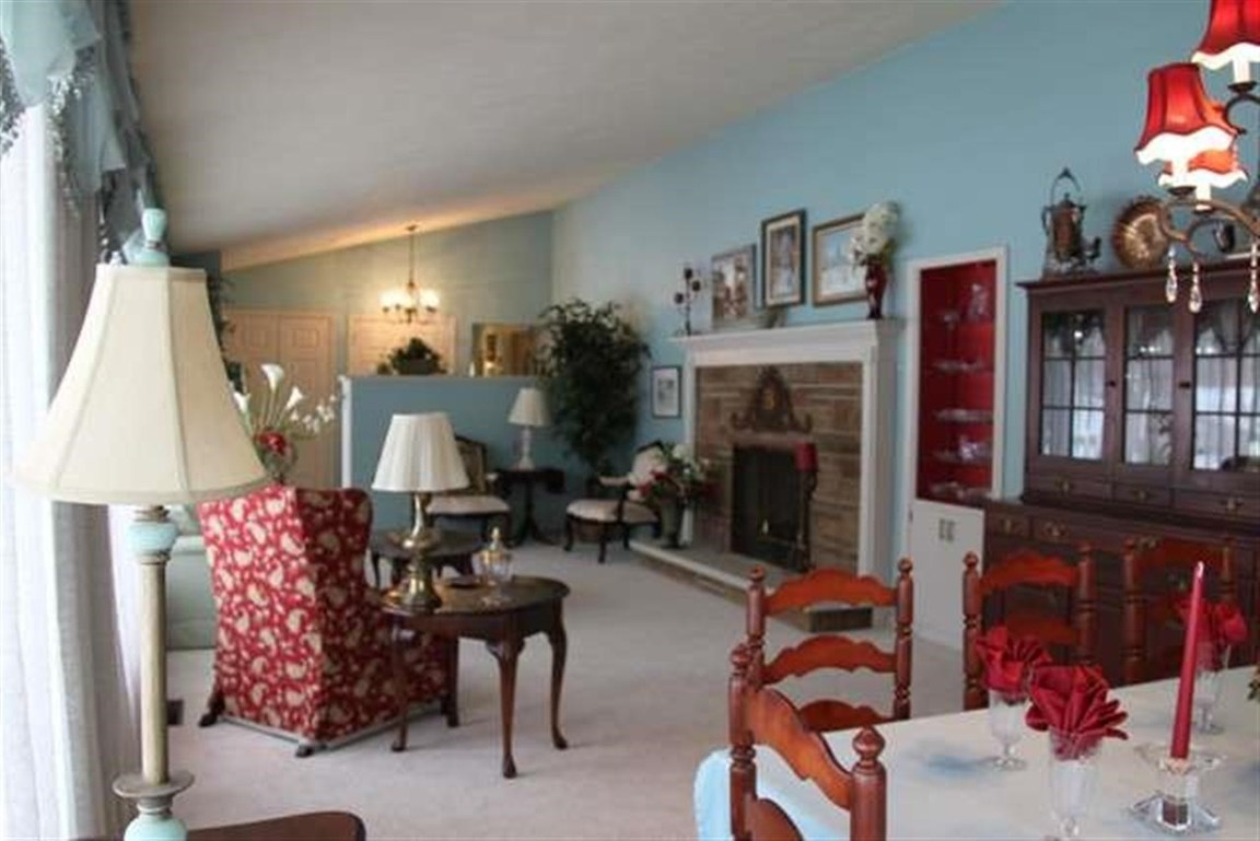 3 Lakewood Drive, Paris, IL, 61944 -- Homes For Sale