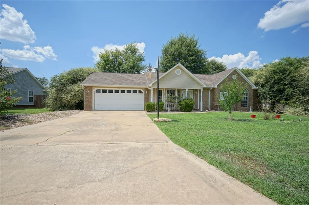 305 willow oak dr greenwood ar for sale 89 900