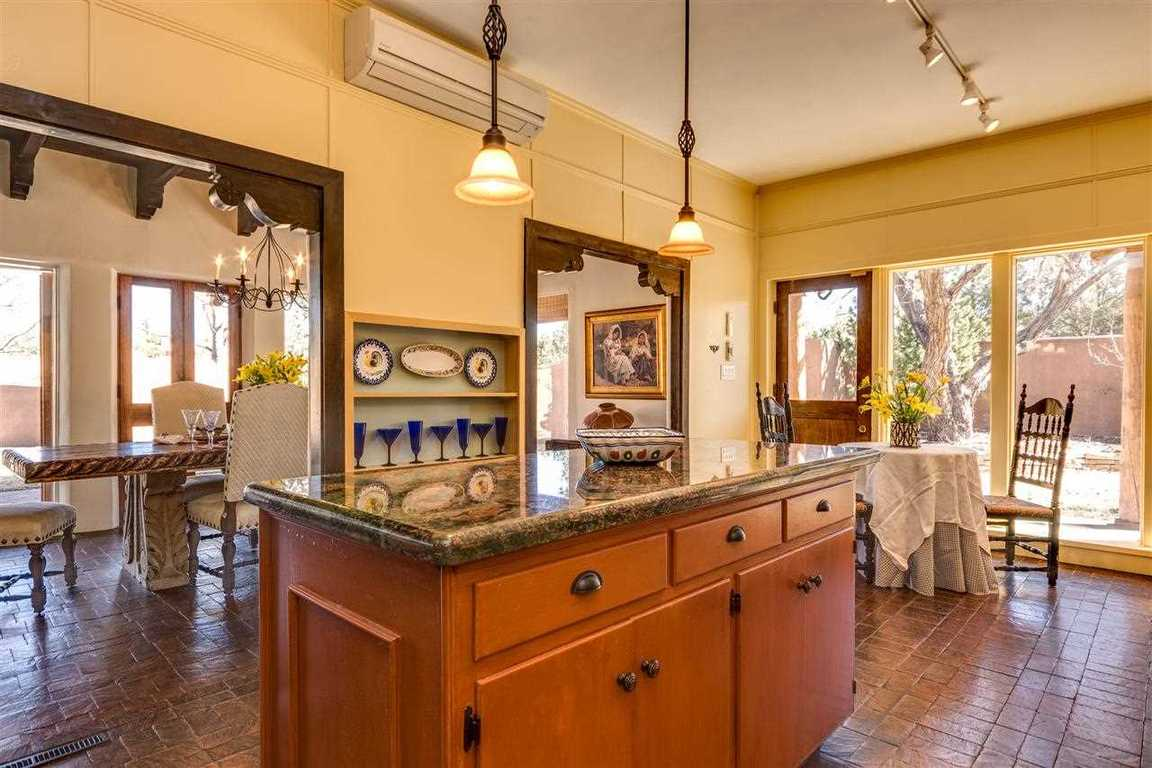 303 Cadiz Road, Santa Fe, NM, 87505 -- Homes For Sale