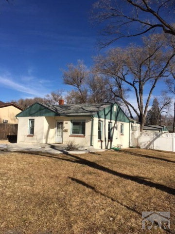 3002 cascade ave pueblo co 81003 for sale