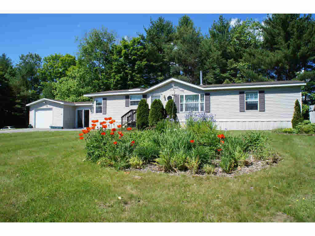 89 Skyline Dr Lyndonville Vt For Sale 137 000