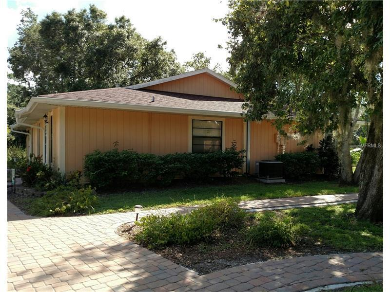 4627 Summerwind Drive 14, Sarasota, FL, 34234: Photo 3