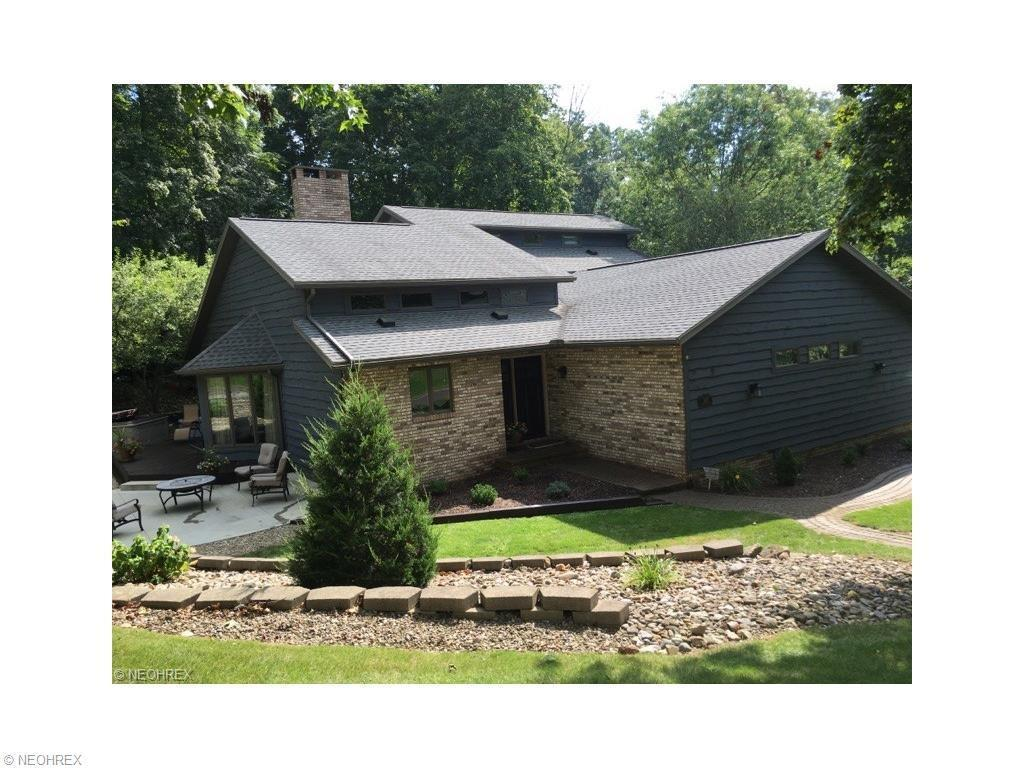 2402 Woodlawn Dr Northwest Dover Oh For Sale 259 900