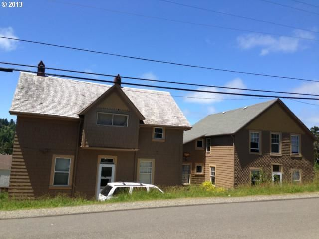 935 jackson st port orford or for sale 219 000