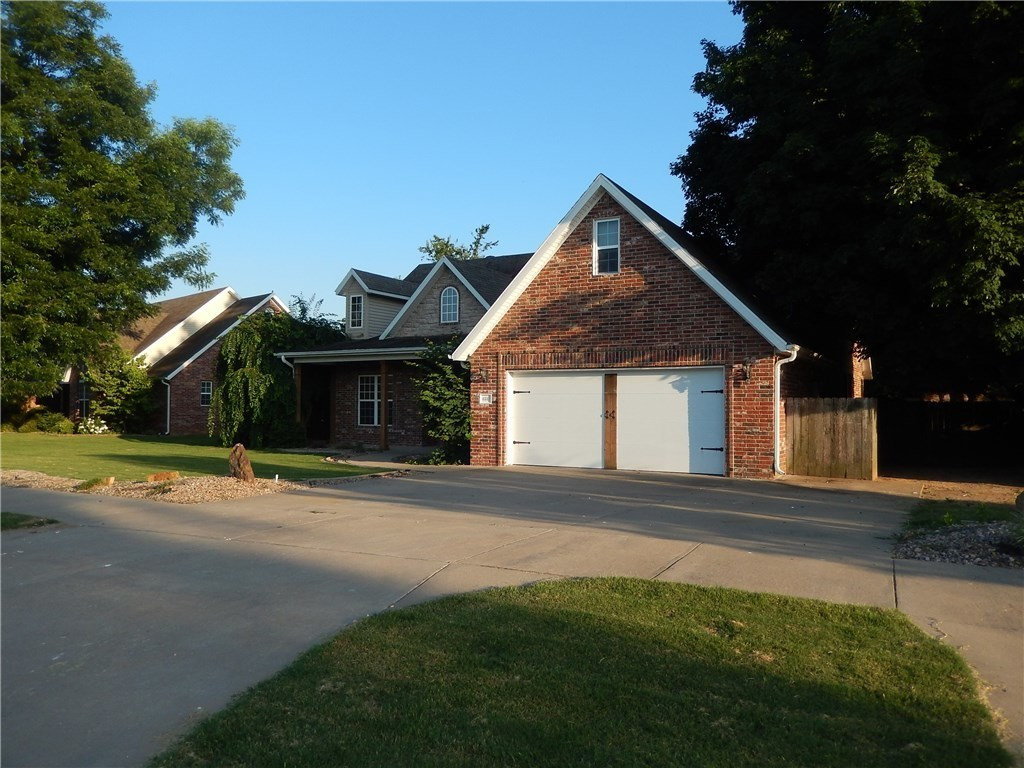 6331 Persimmon St Fayetteville Ar 72704 For Sale
