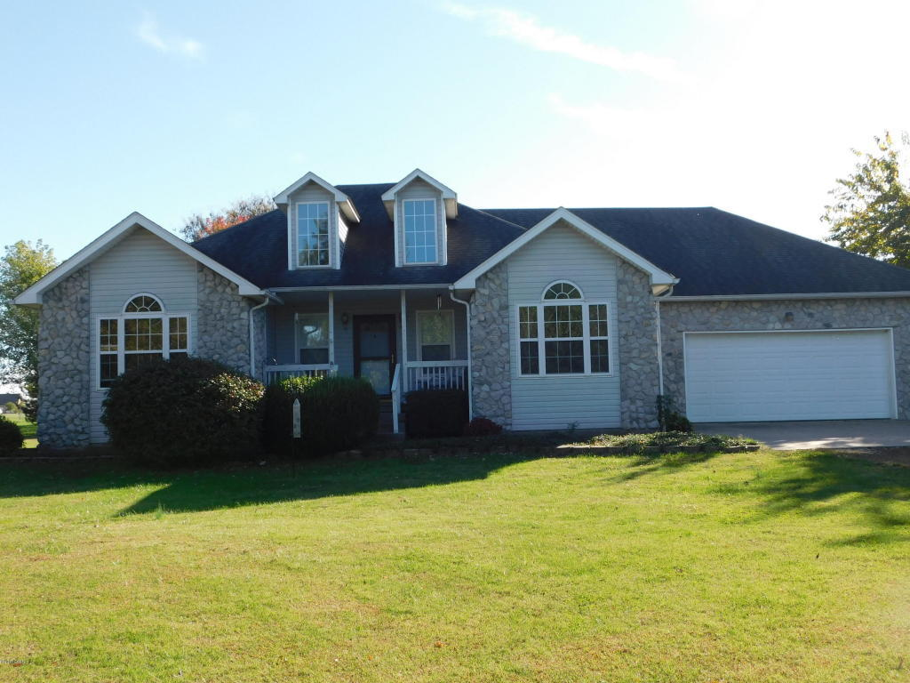 2192 S Ressie Drive Carthage Mo For Sale 189 900