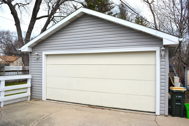 900 East Frederick Street, Arlington Heights, IL, 60004 -- Homes For Sale