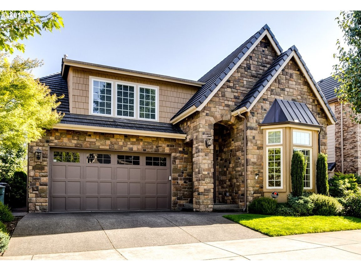 2240 turnberry ct eugene or 97401 for sale