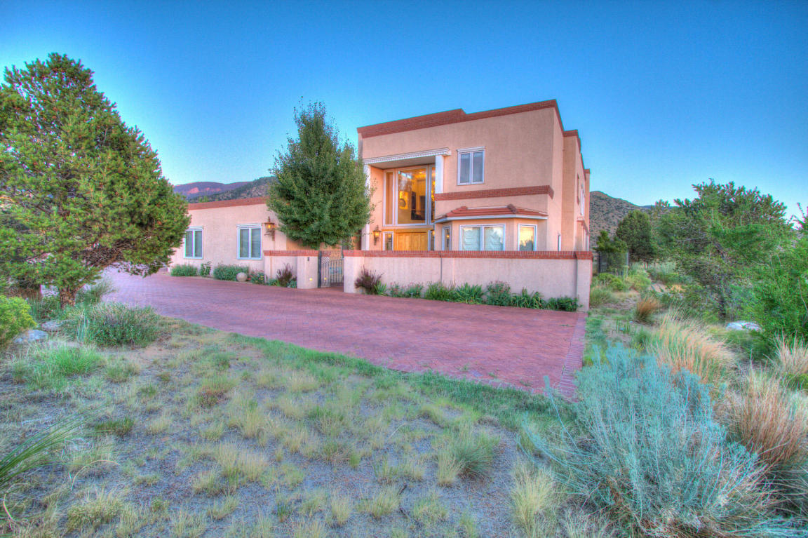13716 Canada Del Oso Place Ne, Albuquerque, NM, 87111: Photo 5