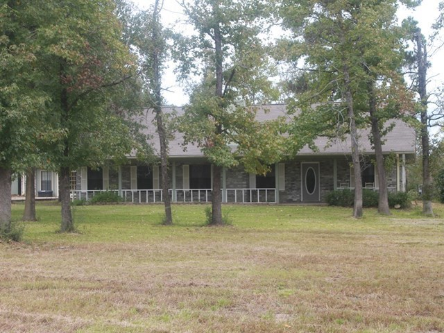 1144 richardson road lufkin tx for sale 225 000 for Home builders in lufkin tx