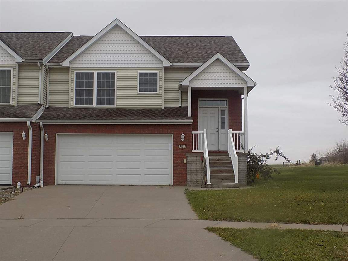 322 Sage Ct West Liberty Ia For Sale 147 000