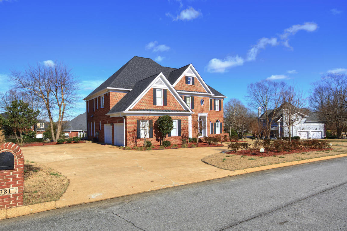381 council fire dr chattanooga tn 37421 for sale for Home builders chattanooga tn