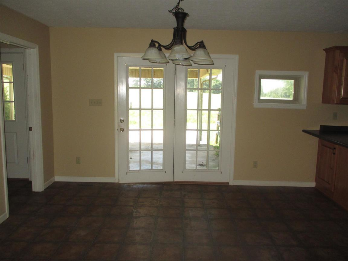 2237 Forks River Rd, Waverly, TN, 37185: Photo 5