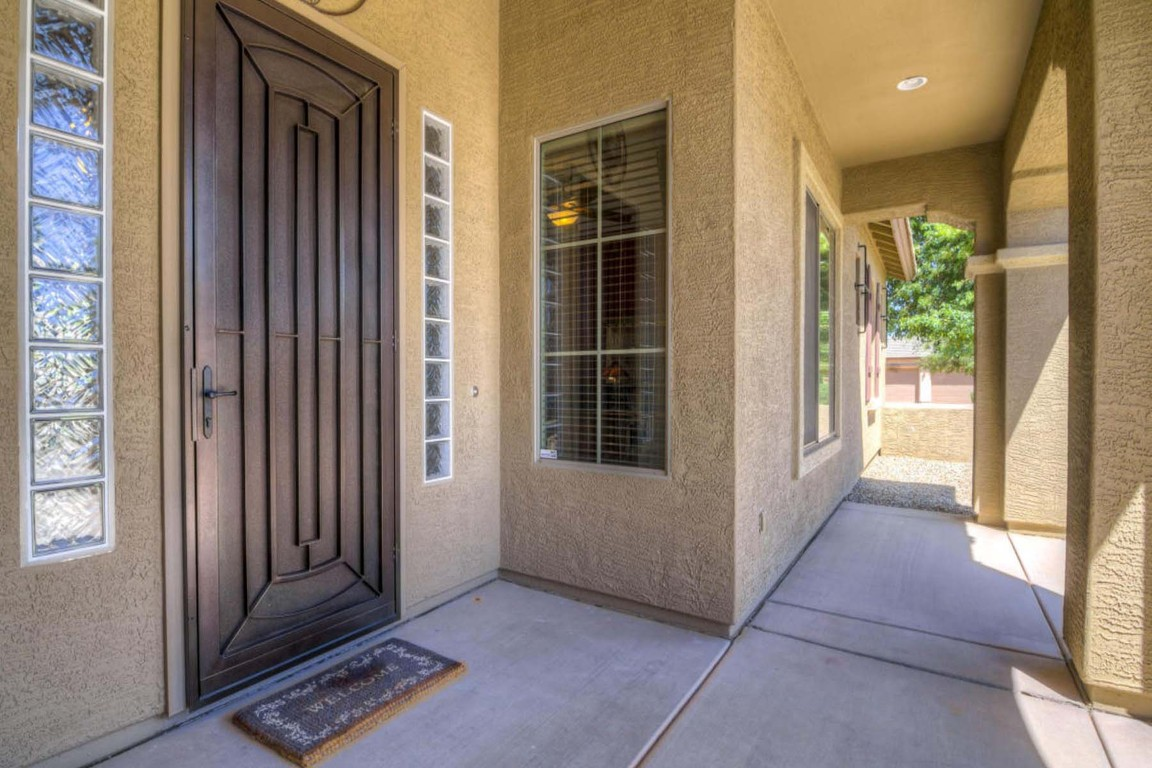 14554 W Desert Cove Rd, Surprise, AZ, 85379: Photo 4